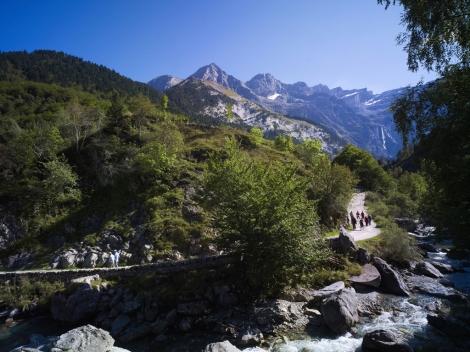Il sentiero che porta ai piedi del Cirque de Gavarnie