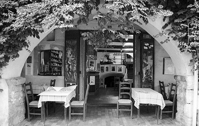 Biot-LesArcades©Anakronik